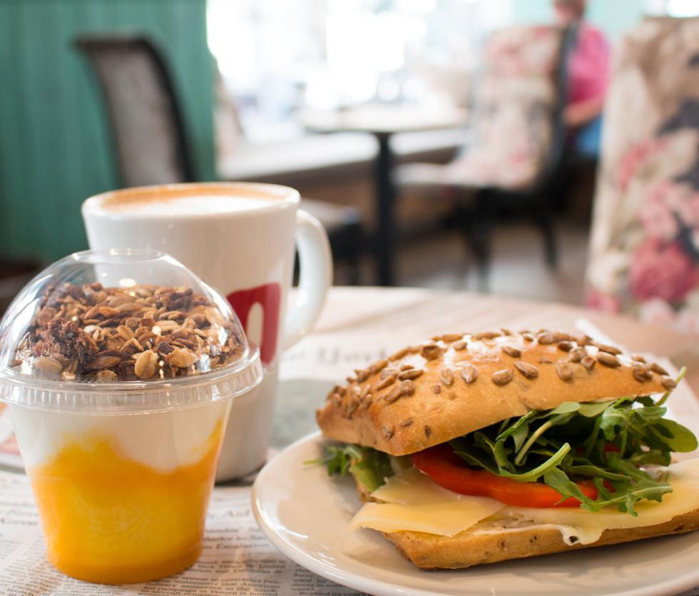 Condeco_frukost